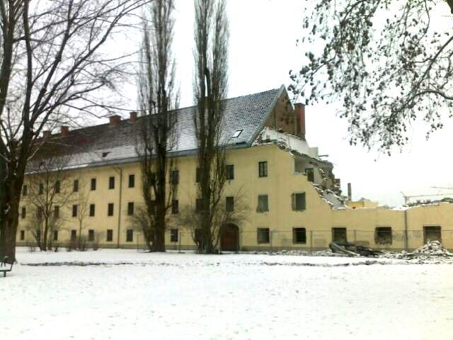 Kaernten_Klagenfurt_Waisenhauskaserne_Abbruch