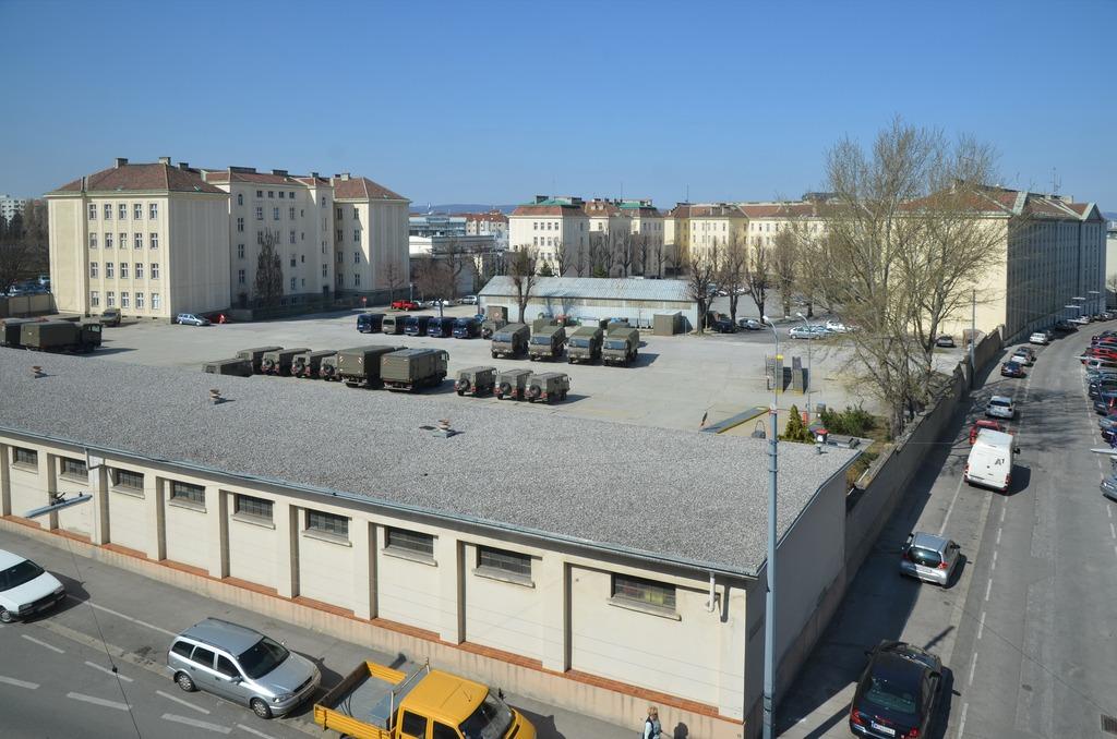 1100_Starhemberg-Kaserne