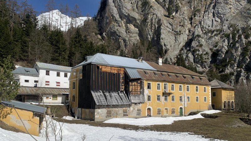 Das Herrenhaus im Halltal, Tirol