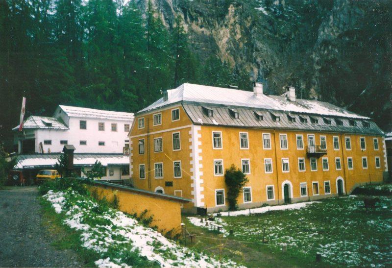 Das Herrenhaus im Halltal vor 1999, Tirol